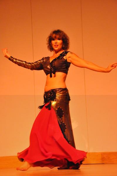 8-11-2012 Dance Showcase with Mohamed Shahin 128 (100)