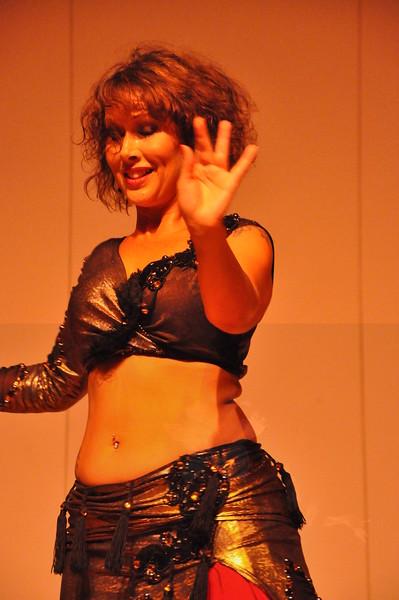 8-11-2012 Dance Showcase with Mohamed Shahin 128 (142)