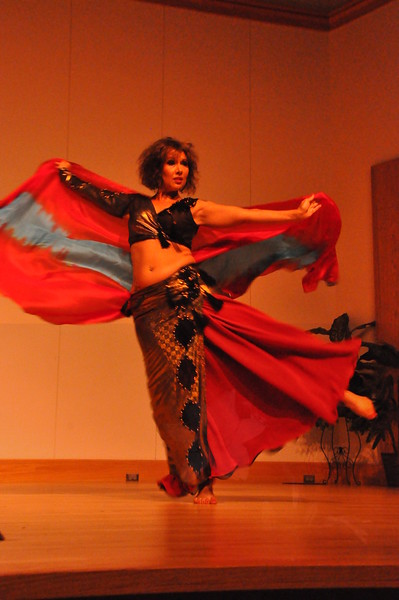 8-11-2012 Dance Showcase with Mohamed Shahin 128 (40)