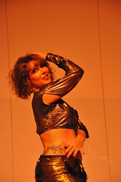 8-11-2012 Dance Showcase with Mohamed Shahin 128 (157)
