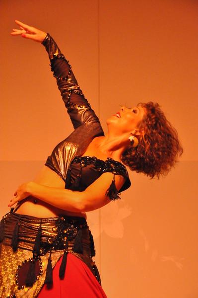 8-11-2012 Dance Showcase with Mohamed Shahin 128 (139)