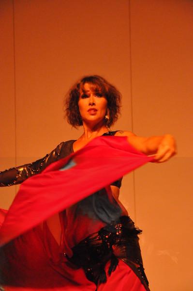 8-11-2012 Dance Showcase with Mohamed Shahin 128 (17)
