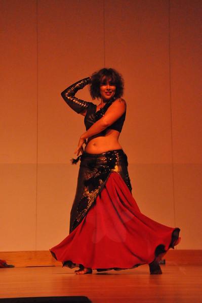 8-11-2012 Dance Showcase with Mohamed Shahin 128 (94)