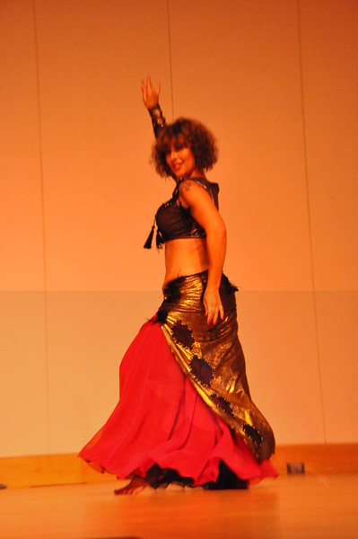 8-11-2012 Dance Showcase with Mohamed Shahin 128 (98)