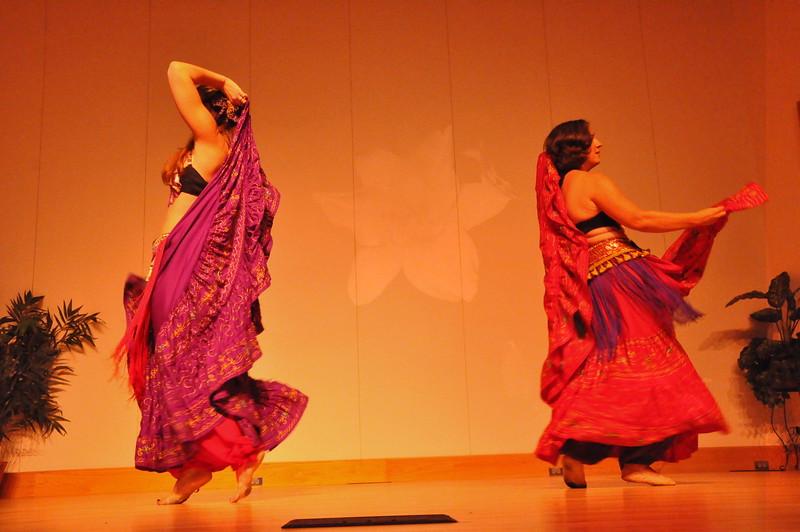 8-11-2012 Dance Showcase with Mohamed Shahin 294 (138)