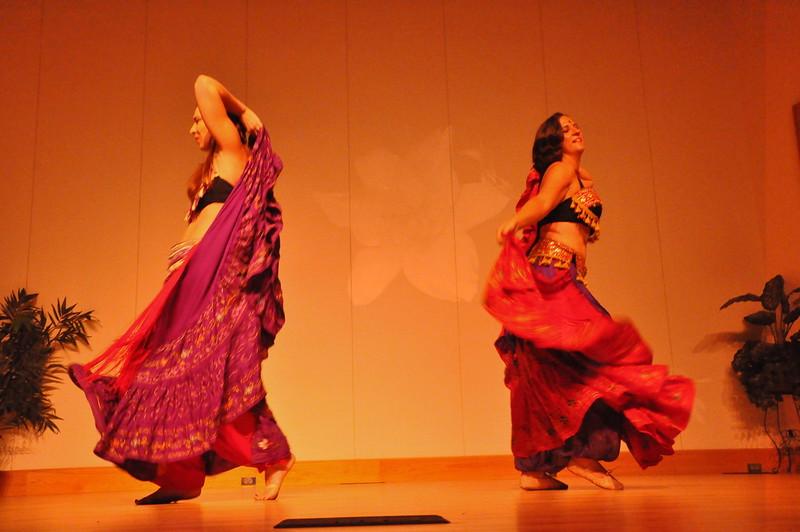 8-11-2012 Dance Showcase with Mohamed Shahin 294 (136)