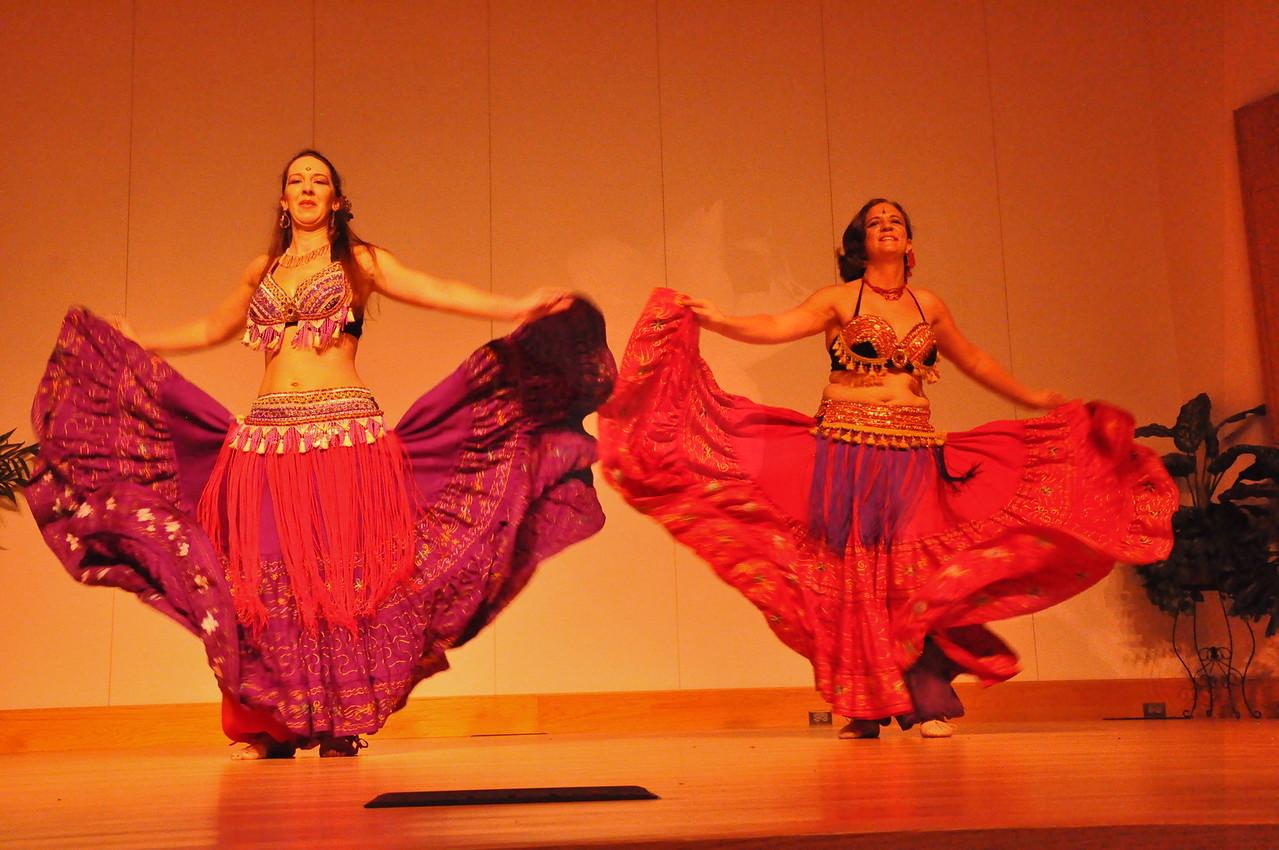 8-11-2012 Dance Showcase with Mohamed Shahin 294 (164)