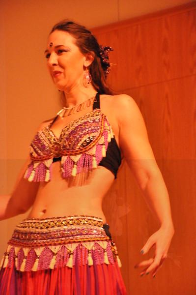 8-11-2012 Dance Showcase with Mohamed Shahin 294 (2)