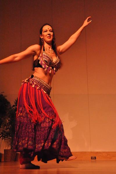 8-11-2012 Dance Showcase with Mohamed Shahin 294 (176)