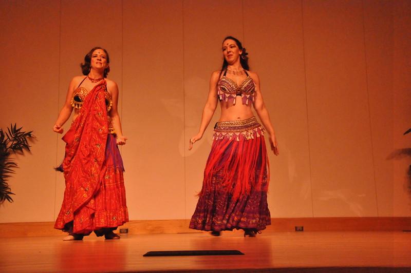 8-11-2012 Dance Showcase with Mohamed Shahin 294 (100)