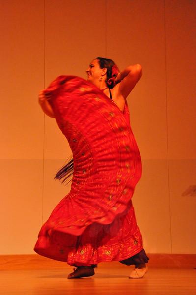 8-11-2012 Dance Showcase with Mohamed Shahin 294 (141)