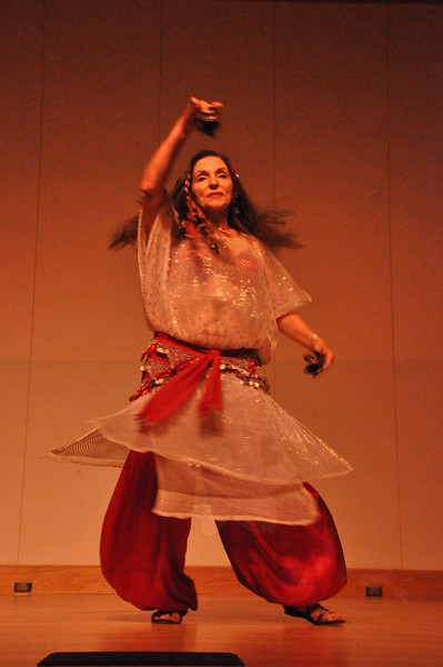 8-11-2012 Dance Showcase with Mohamed Shahin 485 (33)