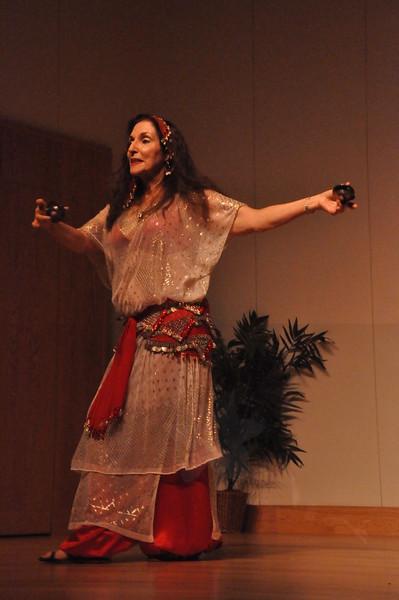 8-11-2012 Dance Showcase with Mohamed Shahin 485 (20)