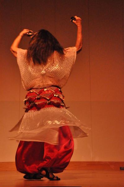 8-11-2012 Dance Showcase with Mohamed Shahin 485 (28)