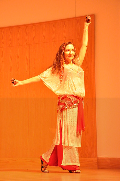 8-11-2012 Dance Showcase with Mohamed Shahin 485 (94)