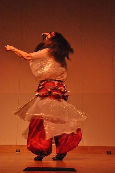 8-11-2012 Dance Showcase with Mohamed Shahin 485 (32)
