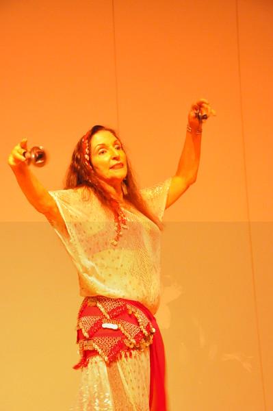 8-11-2012 Dance Showcase with Mohamed Shahin 485 (39)