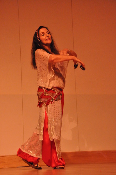8-11-2012 Dance Showcase with Mohamed Shahin 485 (40)