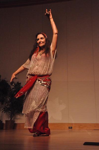 8-11-2012 Dance Showcase with Mohamed Shahin 485 (16)