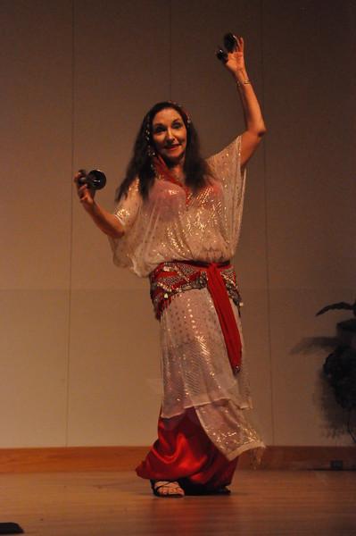 8-11-2012 Dance Showcase with Mohamed Shahin 485 (12)