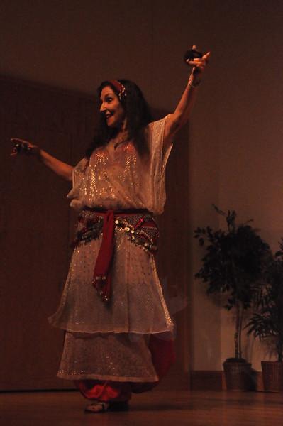 8-11-2012 Dance Showcase with Mohamed Shahin 485 (21)