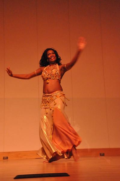 8-11-2012 Dance Showcase with Mohamed Shahin 579 (121)