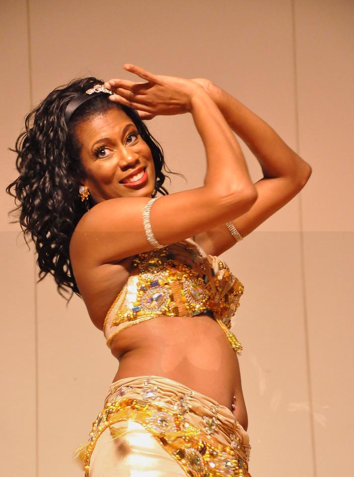 8-11-2012 Dance Showcase with Mohamed Shahin 579 (22)