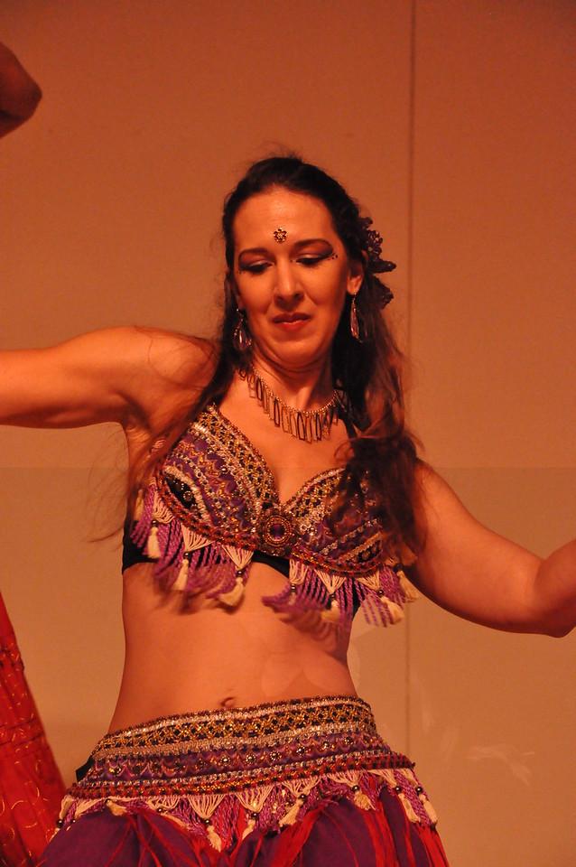 8-11-2012 Dance Showcase with Mohamed Shahin 294 (119)