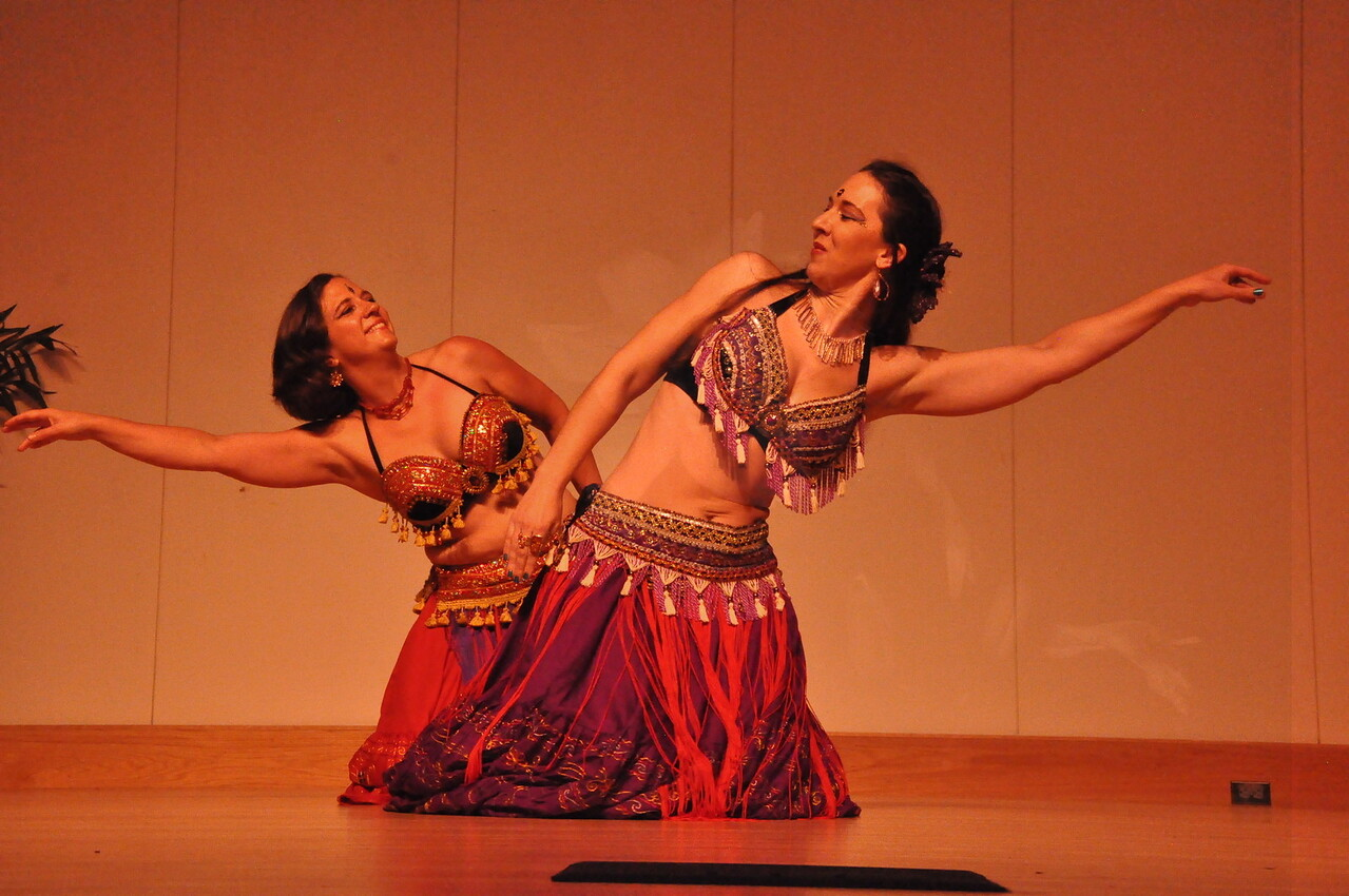 8-11-2012 Dance Showcase with Mohamed Shahin 294 (106)