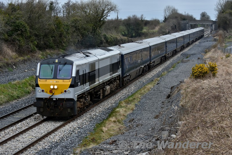 The 2018 Belmond Grand Hibernian season started on Tuesday 10th April with the tour leaving Heuston at 1425 for Cork. The dedicated locomotive 216 was unavailable so common user liveried 231 was used instead for the first week. The train is pictured passing Rosskelton between Portlaoise and Ballybrophy. Tues 10.04.18