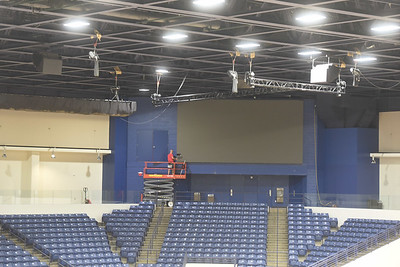 New video screens in Curb