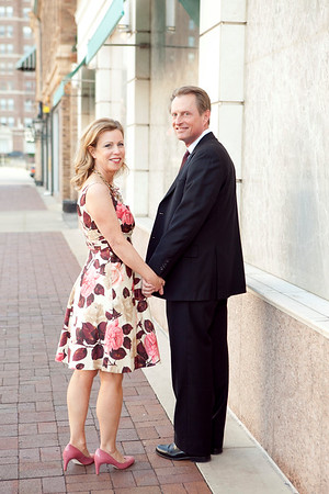 Holly&Greg-Kansas City plaza-001