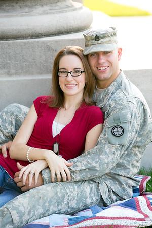 Jon&Elizabeth_BelovedSessions_KansasCity_JanaMarie-0027