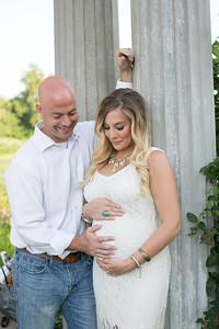 Maternity-Portraits-LongviewFarms-006