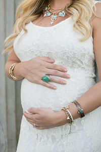 Maternity-Portraits-LongviewFarms-003