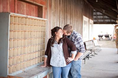 Sarah&Justin_KCengagement_RedBarnFarm0012