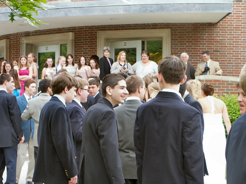 <b>Ben outside graduation</b>   (Jun 19, 2003, 05:27pm)