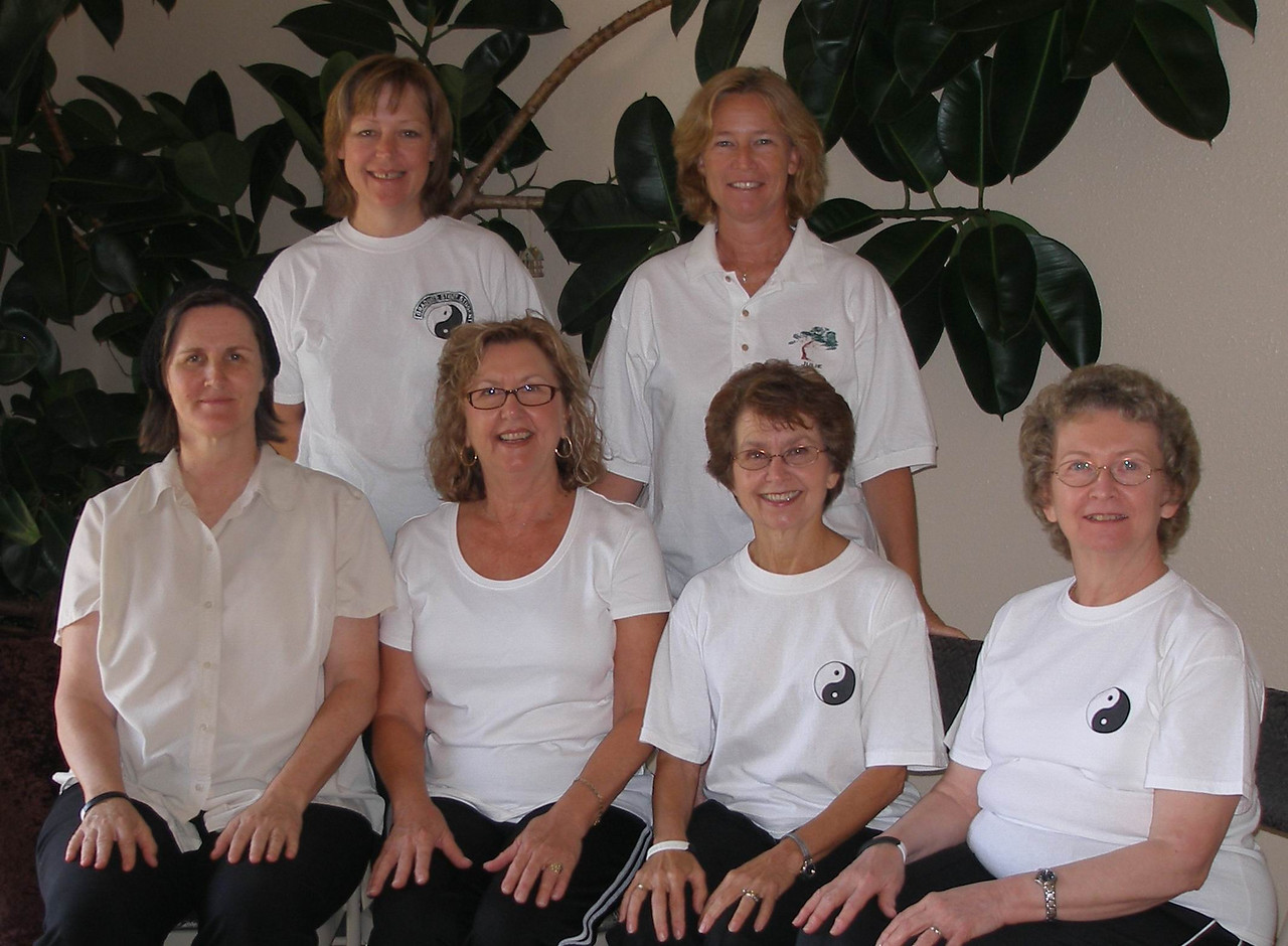 LT Tuesday July 2007 Graduation Class Back Row: Claudia Croneberger - GSS, Julie Cobb - Class Coordinator, Front Row: Judith Forsyth - Teacher, Linda Geers, Donna Whaley, Janice Mohr