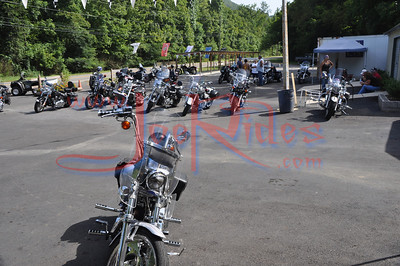 About_Bikes_Briley_&_Chase_Benefit_Ride_72410_006