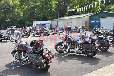 About_Bikes_Briley_&_Chase_Benefit_Ride_72410_005