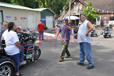 About_Bikes_Briley_&_Chase_Benefit_Ride_72410_012