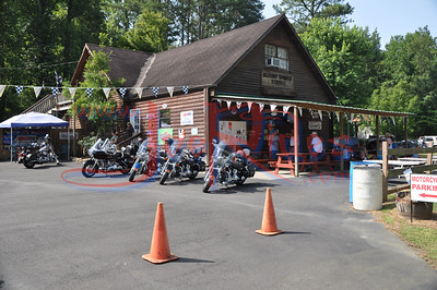 About_Bikes_Briley_&_Chase_Benefit_Ride_72410_002