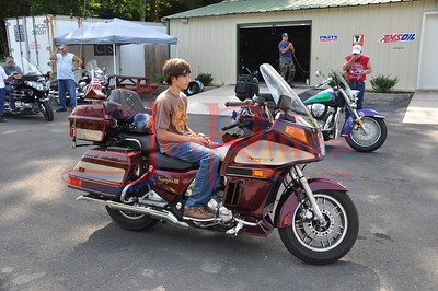 About_Bikes_Briley_&_Chase_Benefit_Ride_72410_009