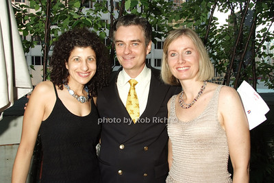 Elise , Brian Hunter, Nancy Smith photo by Rob Rich © 2008 robwayne1@aol.com 516-676-3939