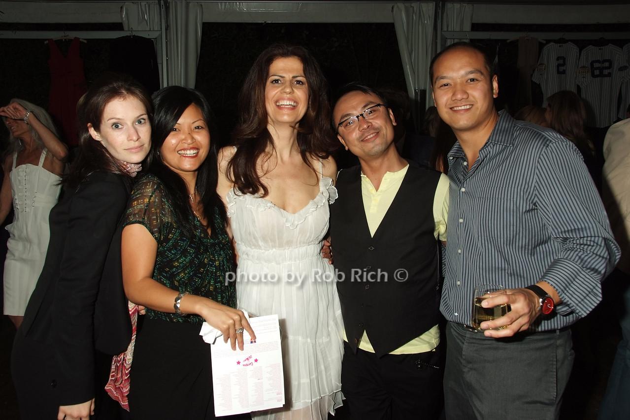 candid photo by Rob Rich © 2008 robwayne1@aol.com 516-676-3939