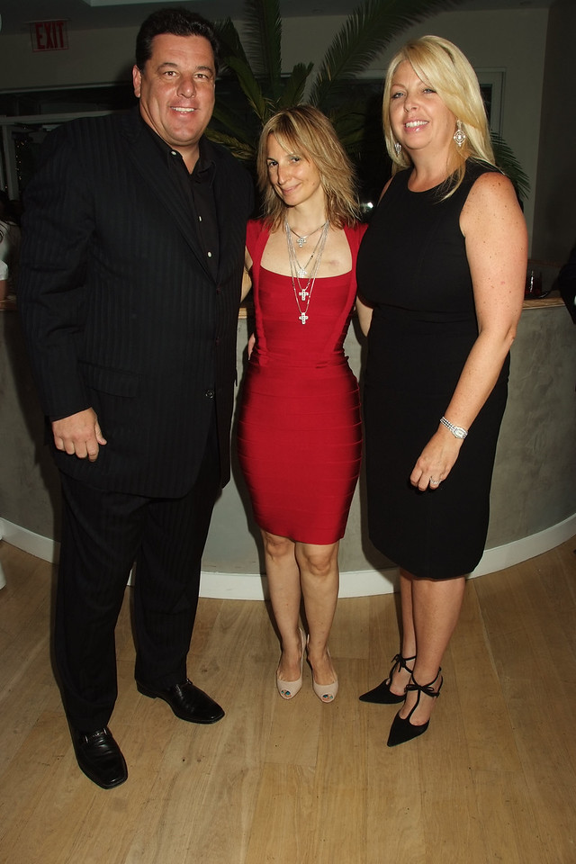 Steve Schirripa, Marisa Acocella Marchetto,Maryellen Burke  photo by Rob Rich © 2008 robwayne1@aol.com 516-676-3939