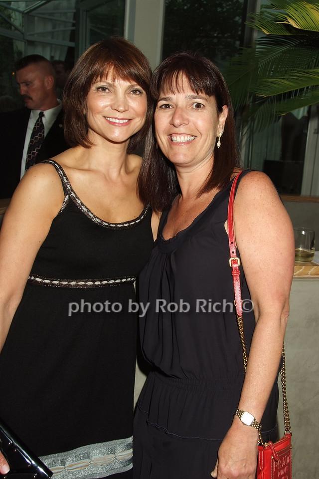 Diane Kaslow, Paula Guthner photo by Rob Rich © 2008 robwayne1@aol.com 516-676-3939