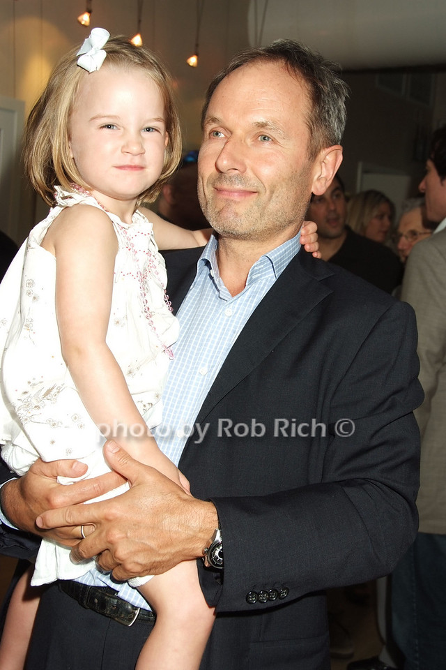 Sophia Krause, Damien Krause photo by Rob Rich © 2008 robwayne1@aol.com 516-676-3939
