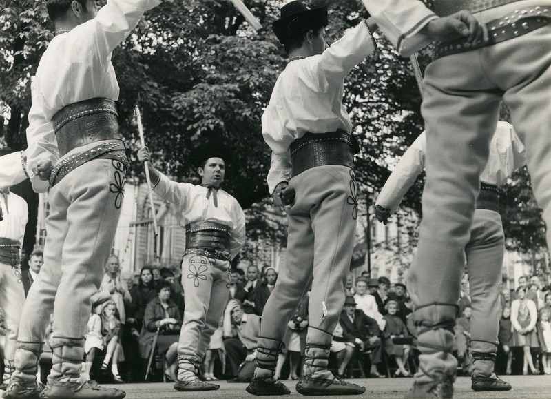 Kouter, volkskunstgroep 'Ostravica'.