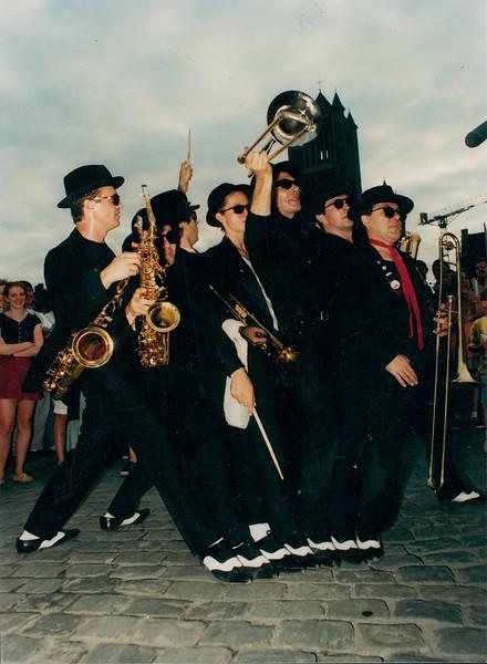 Straatoptreden, 1990's.